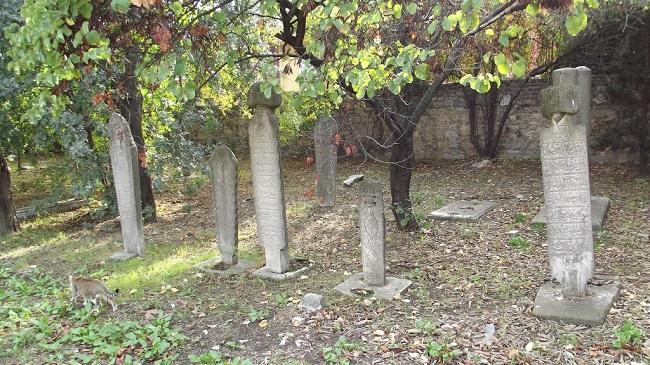 Osmanlı Mezarlığı'nda Restorasyon Başlıyor